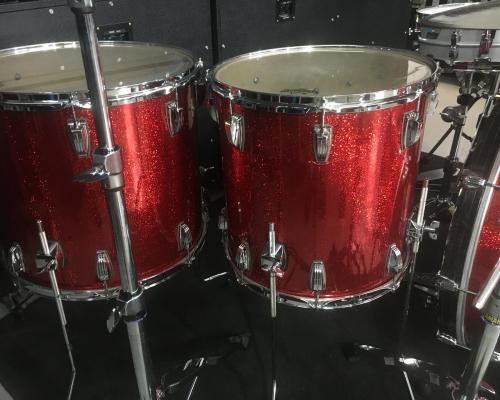Ludwig Classic Maple Red Sparkle (5) (Copy)