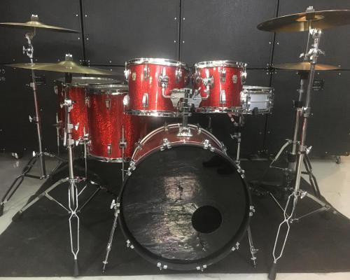 Ludwig Classic Maple Red Sparkle (9) (Copy)