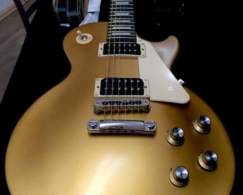 Gibson Les Paul Goldtop Studio (1)