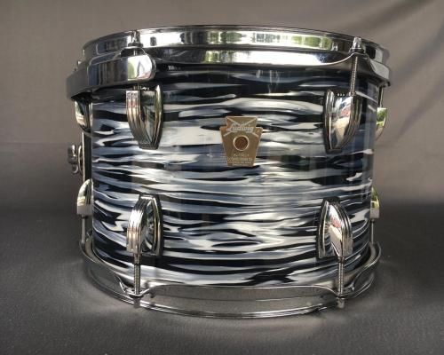 Ludwig Classic Maple Black Oyster (2) (Copy)