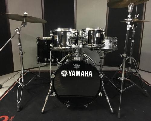 Yamaha Maple Custom Absolute II 2 (Copy)